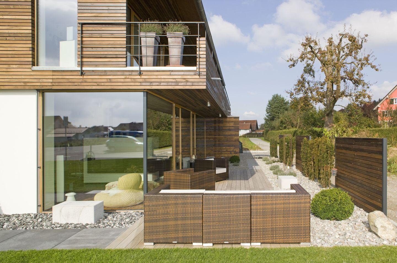 haus gerber holz ganz klar luftig und leicht. Black Bedroom Furniture Sets. Home Design Ideas
